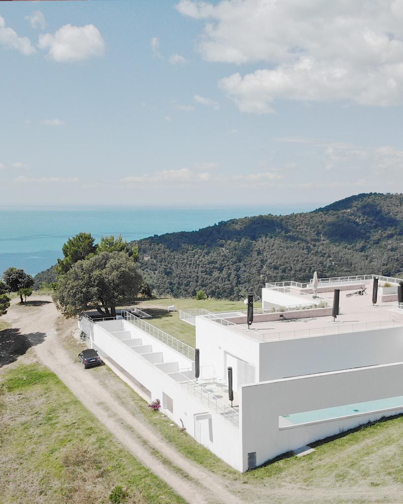 Villa Zagare drone - FMR TravelBlog