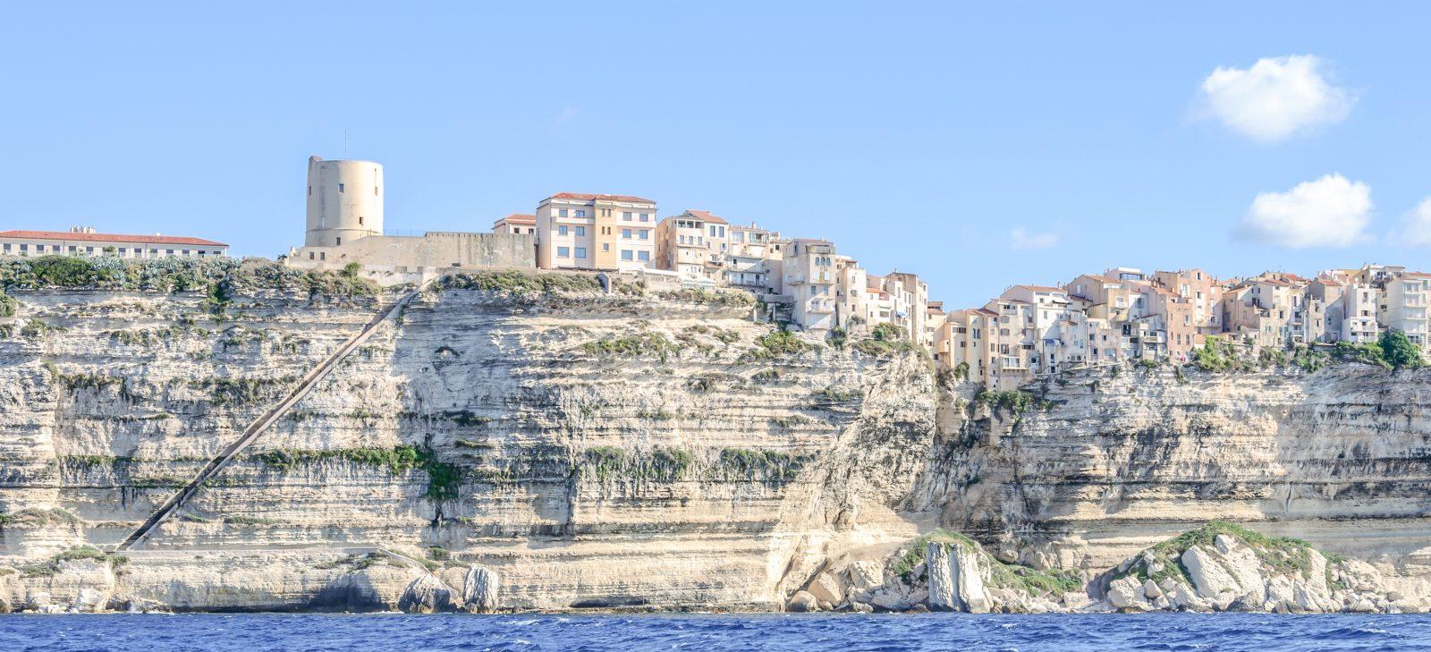 FMR_travelblog-Weekend-Bonifacio-Voyage-Corse-escalier-Aragon