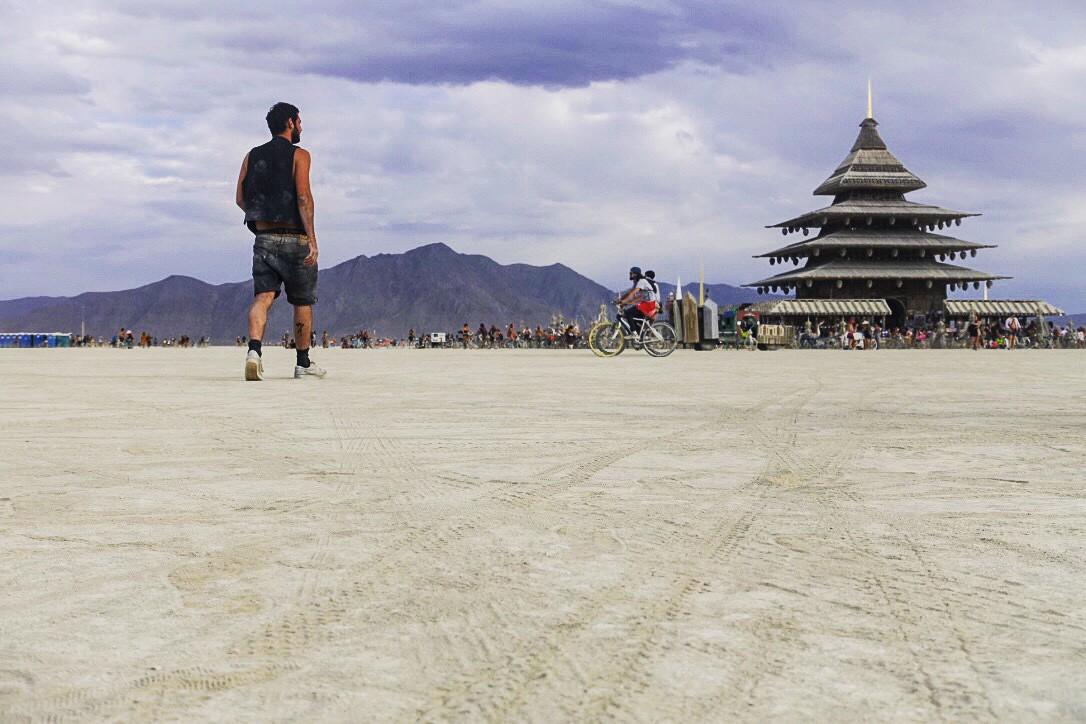 Burning Man Festival - FMR blog voyage temple