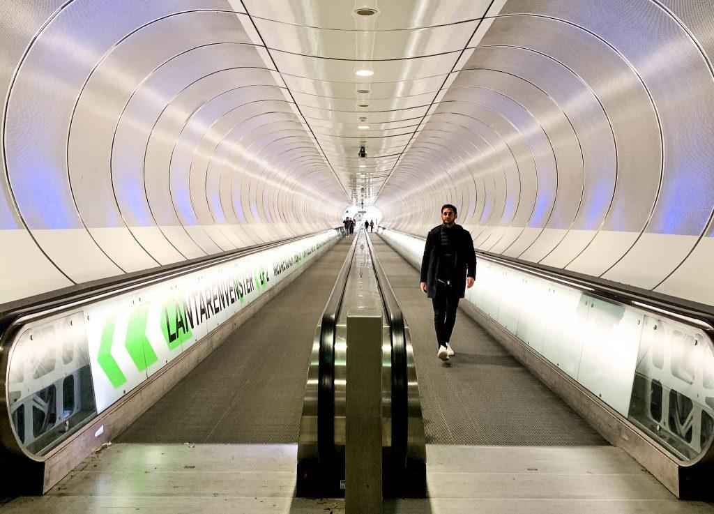 Wilhelminaplein-metro-Rotterdam
